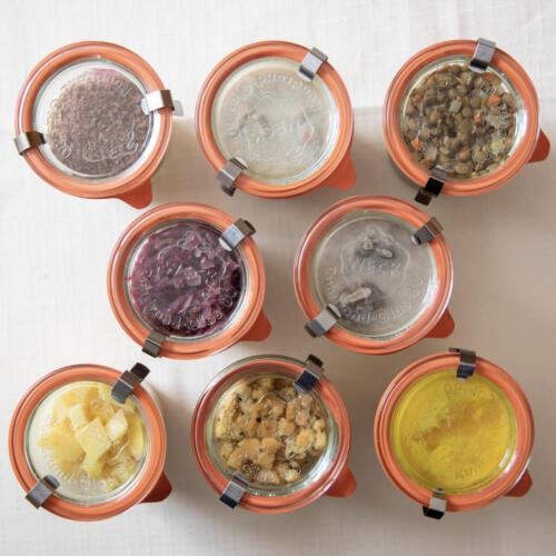 Menü im Weckglas - alle Komponenten-Kürbissuppe, Kalbsragout, Rehragout, Linsengemüse, Semmelknödel, Kartoffelwürfel, Rotkraut, Schwarzwälder Panna Cotta